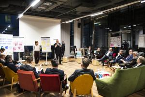 2018: im Rahmen des DBS-Clubs (Digital Building Solutions) wird an Prototypen zu konkreten Anwendungsfeldern gearbeitet.